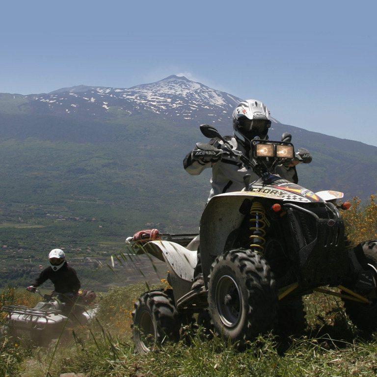 Escursione in quad di mezza giornata - Etna e Alcantara