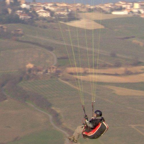 Esperienza unica di volo in parapendio - Provincia di Pavia
