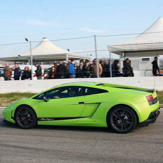 Guida una Lamborghini Gallardo da 99 € - Il Sagittario, Latina