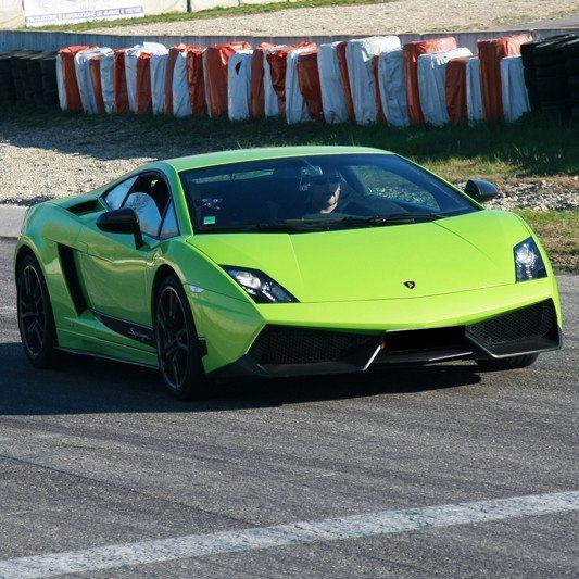 Guida una Lamborghini Gallardo da 99 € - Lombardore (TO)