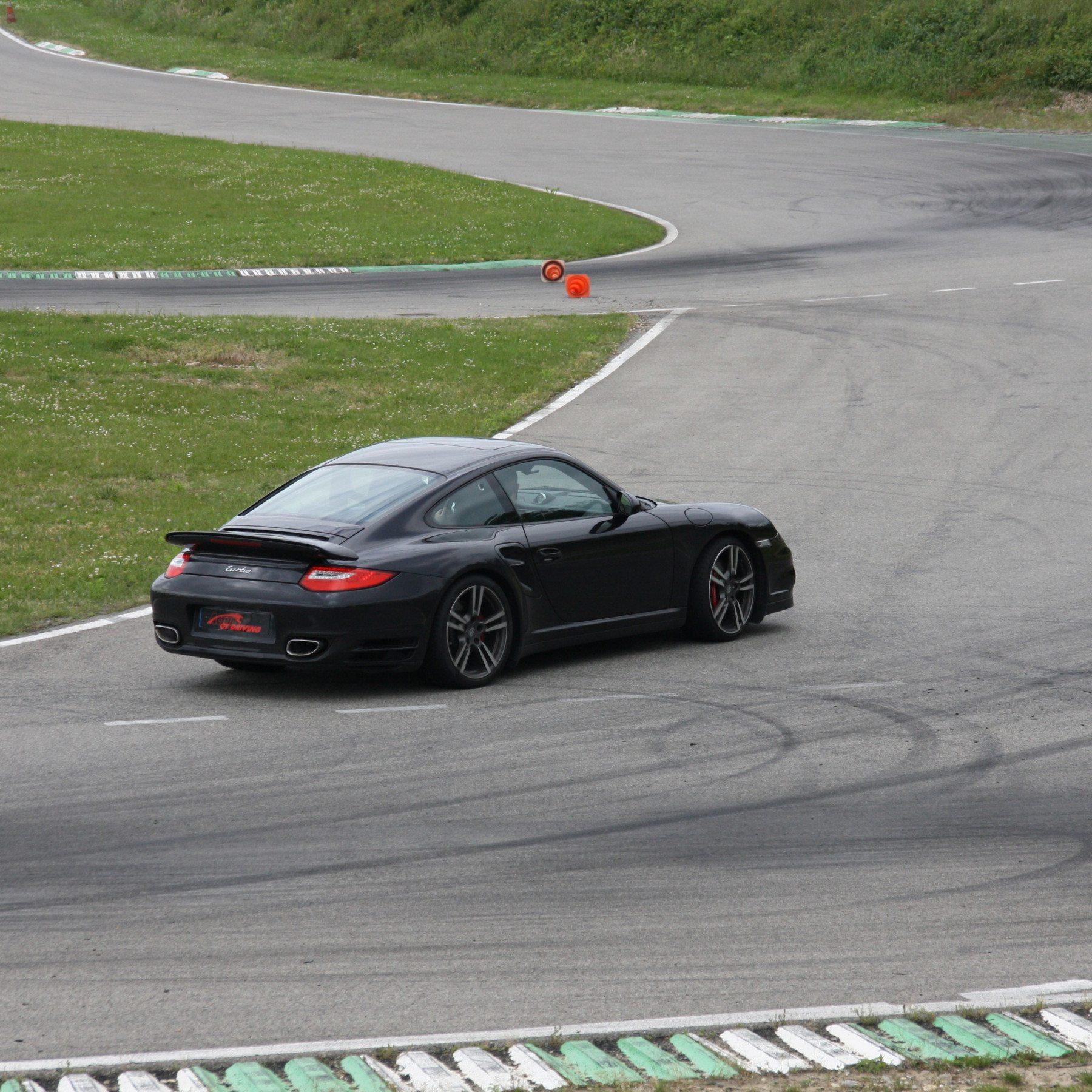 Guida una Porsche 997 BiTurbo da 149 € - Adria