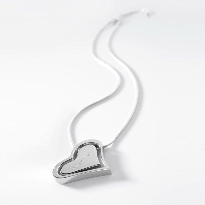 Hearts Gravur Anhänger mit Kette