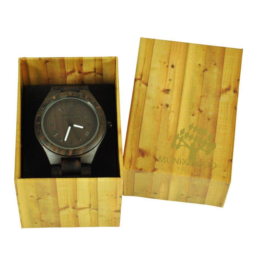 Herrenuhr aus Sandelholz