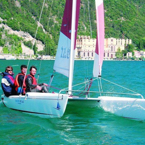 Joy Ride su catamarano per due persone - Lago di Garda