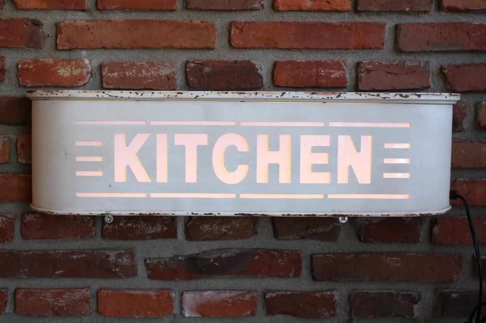 Targa luminosa - Kitchen
