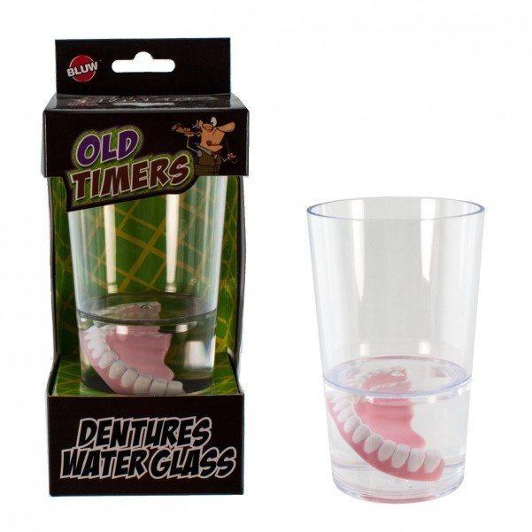 Bicchiere con finta dentiera