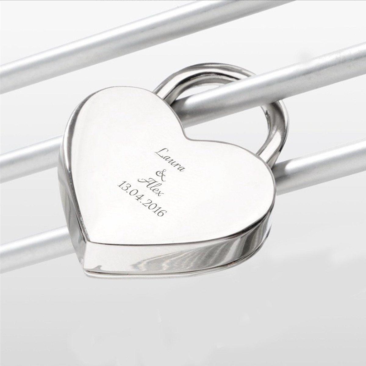 Romantisches Liebesschloss mit Geschenkverpackung