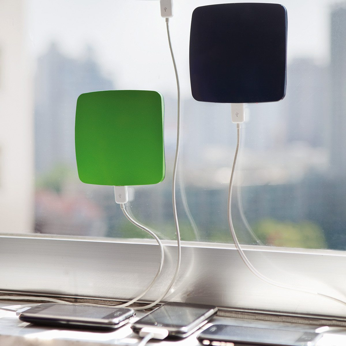 Solar-Aufladegerät für das Fenster