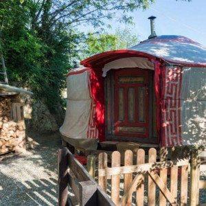 Addio al nubilato in yurta: notte con cena e massaggio - Torino