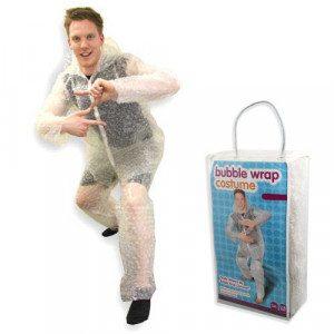 Anzug aus Luftpolsterfolie