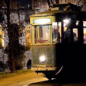 Cena itinerante con musica live su Tram - Roma
