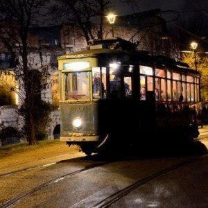 Cena su Tram con tavolo riservato - Roma