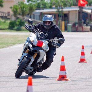 Corso avanzato di guida per moto - Circuito S. Cecilia di Foggia