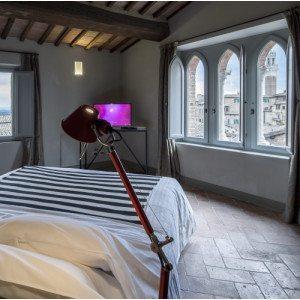 Degusta Siena, soggiorno in centro con degustazione di vino - Siena