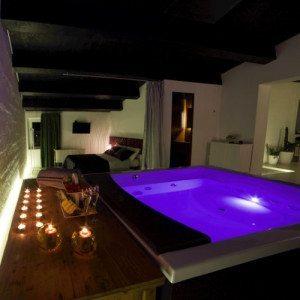 Due notti in villa per due persone - Montecarotto, Ancona