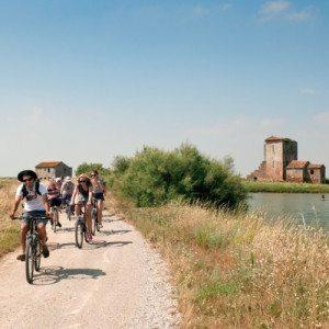 """Escursione """"Bici e Barca"""" con Pranzo - Valli di Comacchio"""