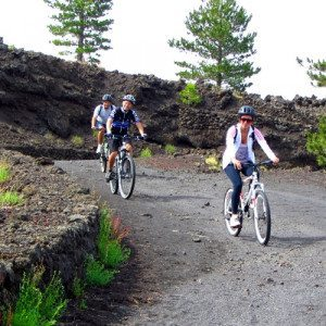 Esplora l'Etna in mountain bike, per principianti - Catania, Sicilia