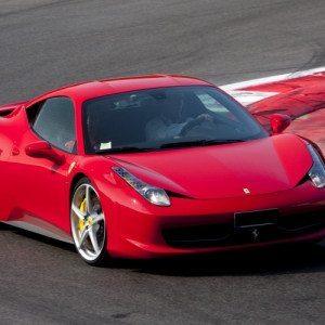Guida una Ferrari 458 Italia in Pista - Circuito di Viterbo