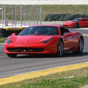Guida una Ferrari ed una Lamborghini - Latina