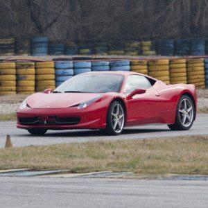 Guida una Ferrari F458 Italia da 99 € - Il Sagittario, Latina