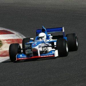 Guida una vera Formula 1 sul circuito di Vallelunga, Roma
