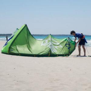 Impara il kitesurf, corso livello intermedio - Torre Mozza, Puglia