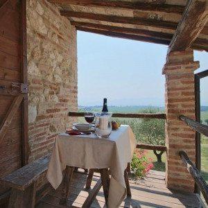 Notte in Umbria con degustazione vini biologici - Amelia, Terni