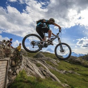 "Percorso ""Downhill"": Esperienza in Mountain Bike - Sondrio"