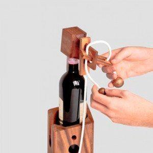 Raffiniertes Flaschenpuzzle - Einzelteile