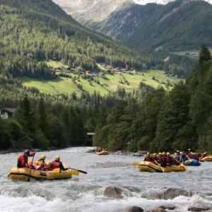 Rafting facile lungo il torrente Aurino - Alto Adige