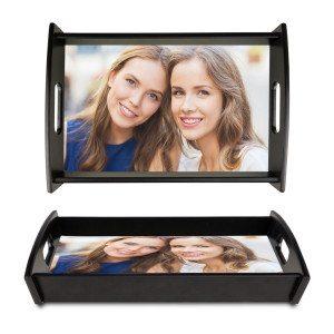 Schwarzes Holztablett mit persönlichem Foto